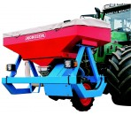 Front-mounted fertilizer hopper